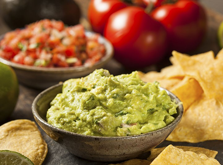 Top 10 Tips to Cut Calories on Super Bowl Sunday