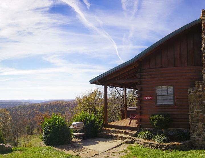 Travel Arkansas: Falling for Cabins