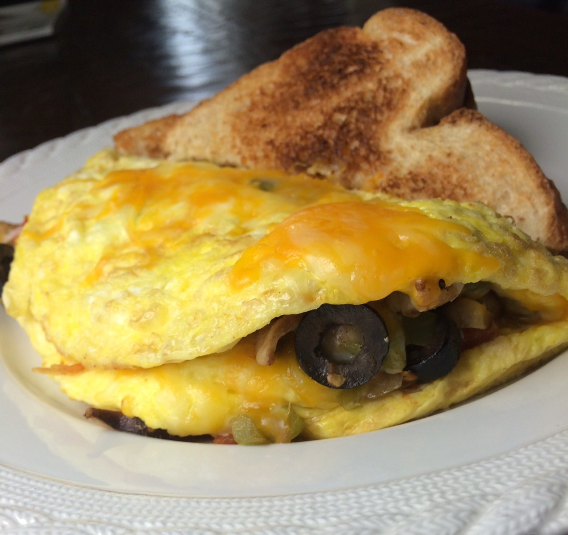 Dave and Ray's Downtown Diner veggie omelet