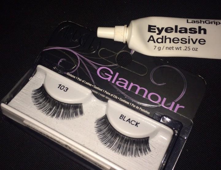 Makeup Monday: DIY Lashes
