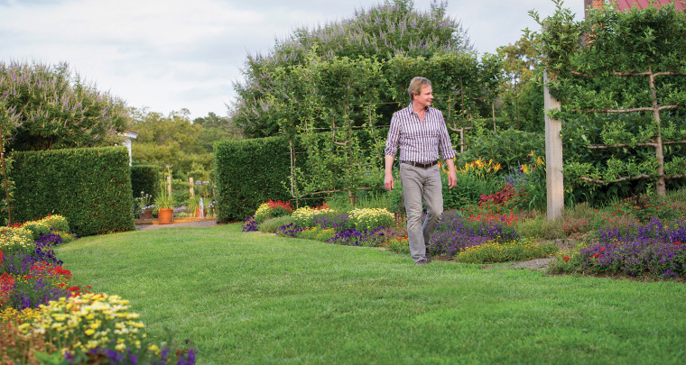 P. Allen Smith: Fall Lawn Care Tips