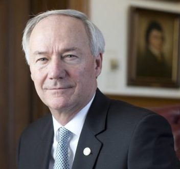 Gov. Hutchinson Signs Mental Health Crisis Stabilization Centers Bill Into Law