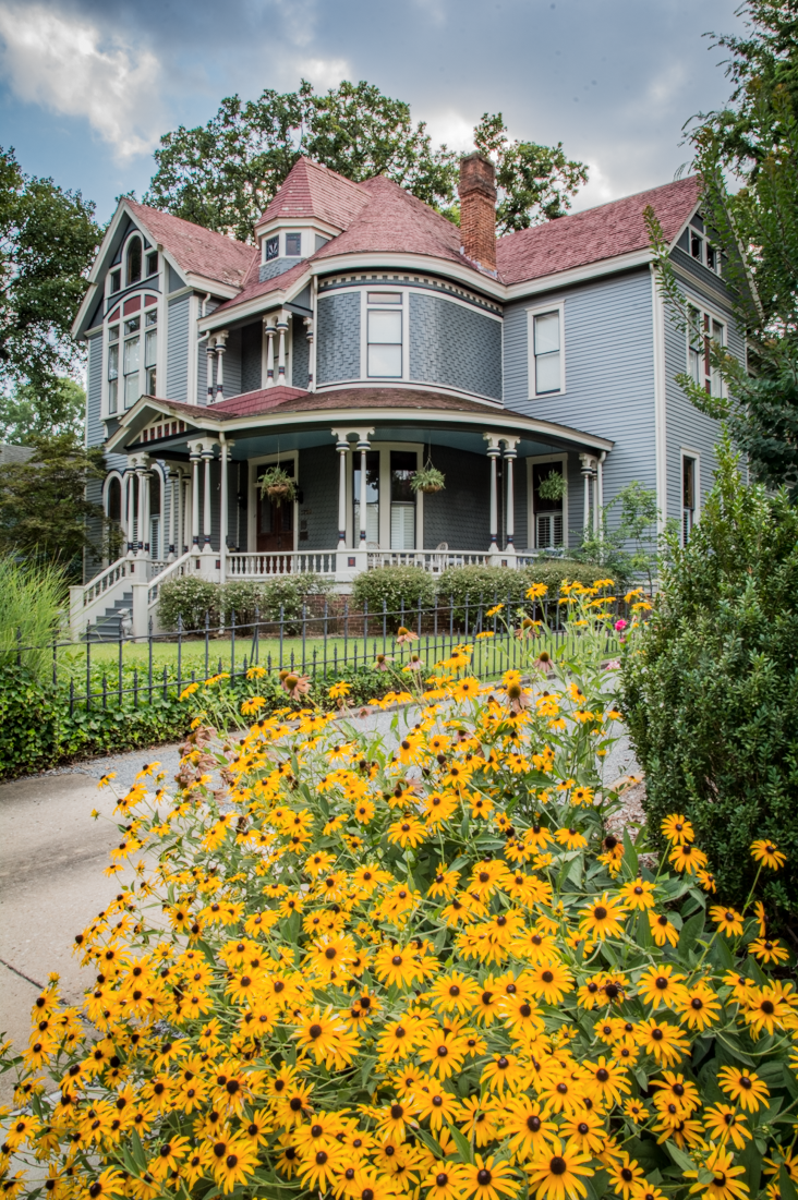 Creative Couple Brings Modern Touches To Historic Little Rock Home Ay Mag Ay Is About You