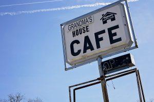 Grandma's House Cafe sign