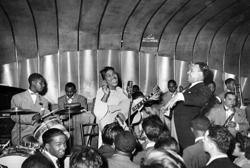 DA1HJ0 SISTER ROSETTA THARPE (1915-1973) US Gospel singer with Lucku Millinder's Jazz Band about 1943