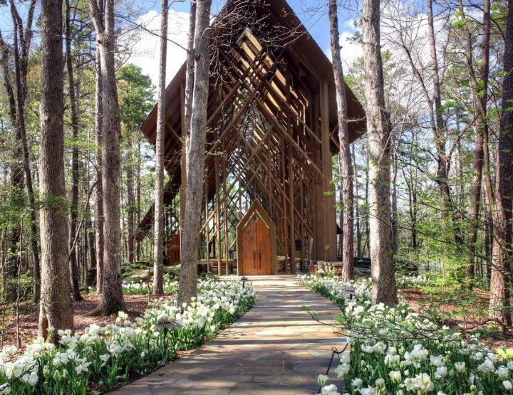 Wedding-Worthy Chapels in Arkansas
