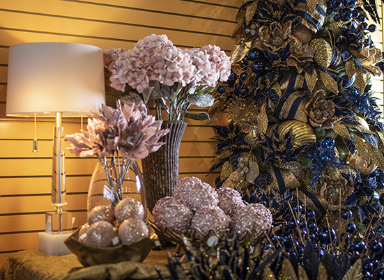 Obsessions Interiors: Picking the Perfect Christmas Tree