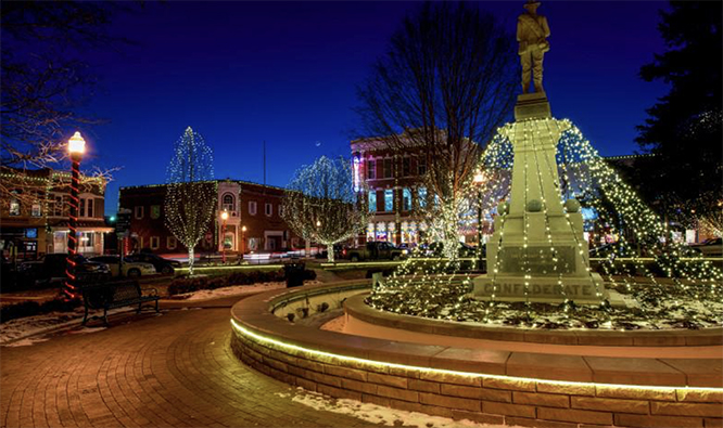 Marvel at the Best Holiday Light Displays in Arkansas!