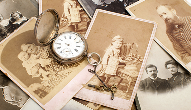 Holiday Giving: The Priceless Gift of Family History