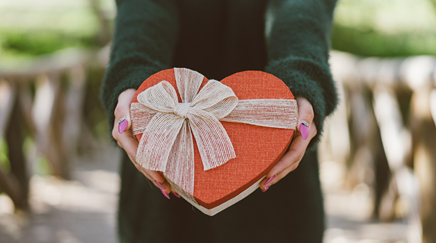 Win Valentine's Day This Year: Pro Tips for Romantic Success