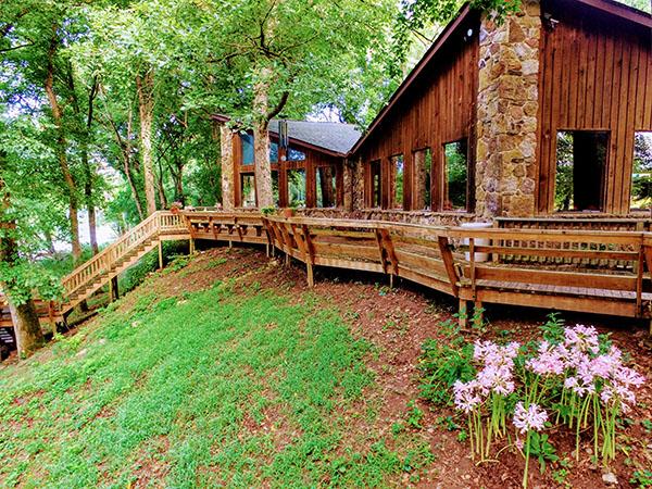 A Slice of Heaven: River Run at PJ's White River Lodge