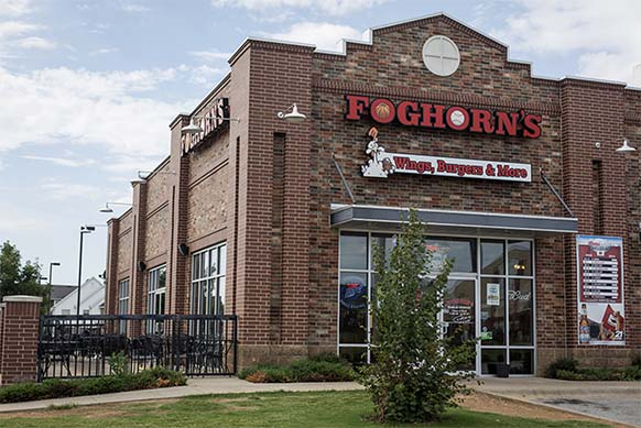 Foghorn's Brings Wings, Burgers, and More to Conway